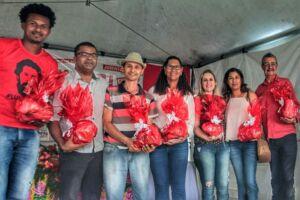 MST promove Feira da Agricultura Familiar na UFSB.