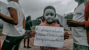 Em solidariedade as famílias despejadas no Norte da Bahia o MST faz protestos pelo Estado.