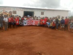 MST realiza trabalho de formação em assentamento na Chapada Diamantina