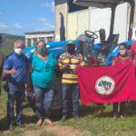 Agricultura familiar conquista trator para acampamentos e assentamentos do extremo sul da Bahia.