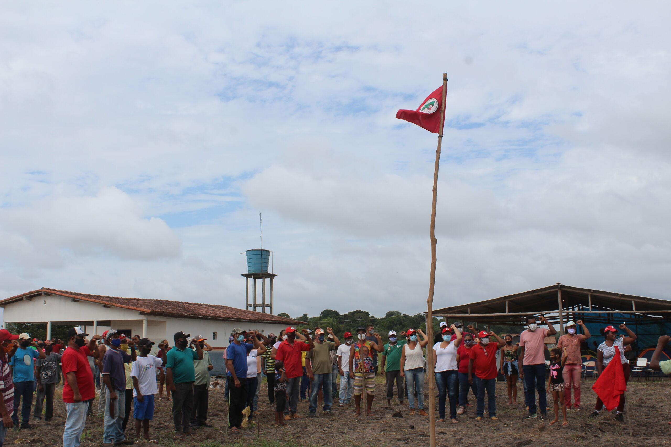 Após ataque, famílias Sem Terra resistem ameaças no Extremo Sul da Bahia