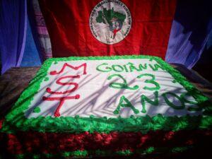 Bolo de aniversário do Assentamento Goiana